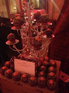 nora cupcake w chandelier